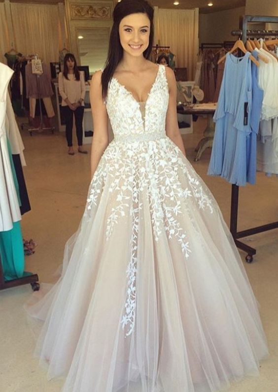 Long V-neck Pretty Lace Prom Dresses,Modest Prom Dresses,Sparkly Prom Gowns,Princess Dresses,Prom Dresses For Teens DR0216