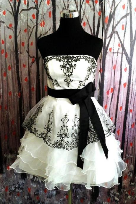 Ivory Skirt Homecoming Dresses With Black Belt,Short Prom Dresses,Homecoming Dress 2016